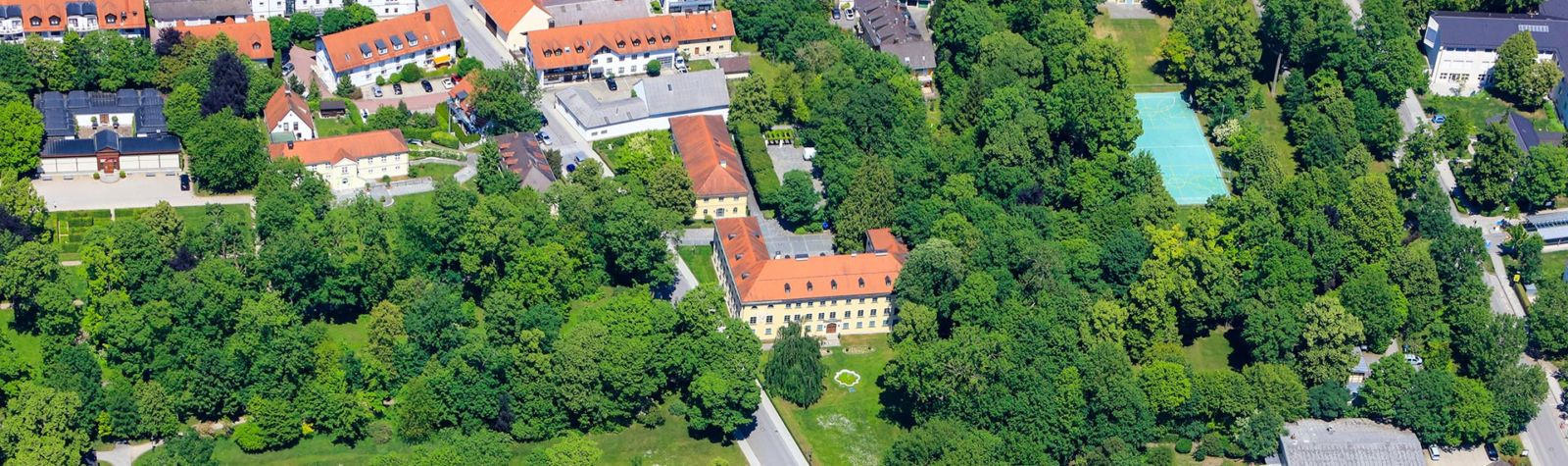 Banner Gemeinde & Rathaus: Ismaning von oben